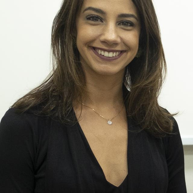 Caroline de Oliveira Cardoso